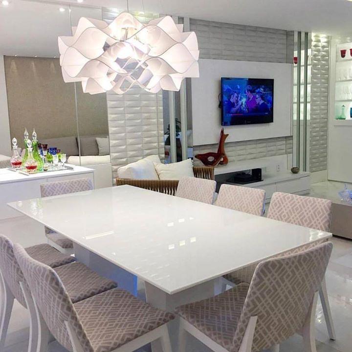 Sala clean e linda by Monica Demoner.  Amei! @pontodecor  www.homeidea.com.br   Face: /homeidea   Pinterest: Home Idea #pontodecor #maisdecor #bloghomeidea #olioliteam #arquitetura #ambiente #archdecor #homeidea #archdesign #hi  #tbt #home #homedecor #pontodecor #homedesign #photooftheday #love #interiordesign #interiores  #cute #picoftheday #decoration #world  #lovedecor #architecture #archlovers #inspiration #project