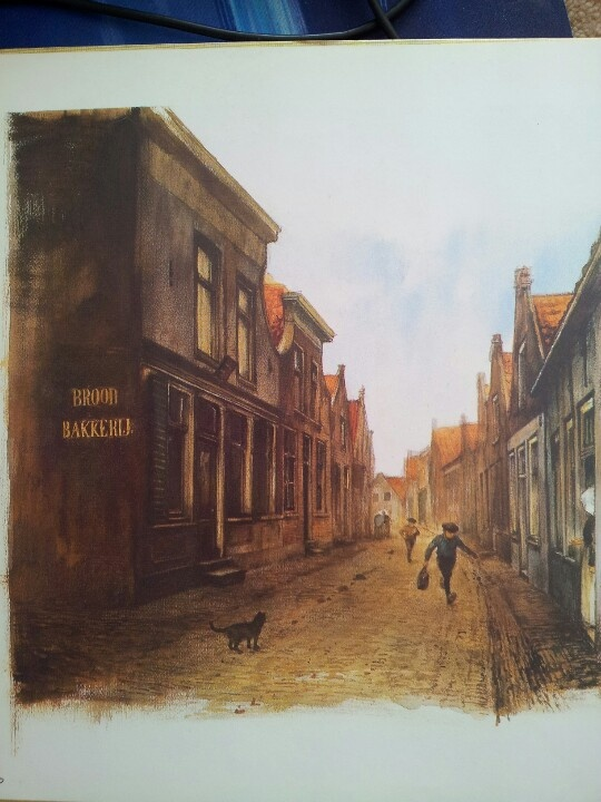 The narrow streets in Holland in the good old days...