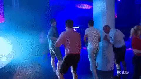 Filmato su soccer bayern munich bayern fc bayern gangnam style bundesliga thomas muller white people dancing white people dance via diggita.it #bayernmonaco #bayernmunich #bayernmunchen