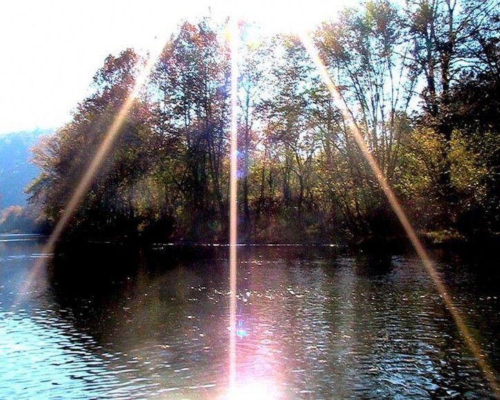 Sunburst over the clinch river