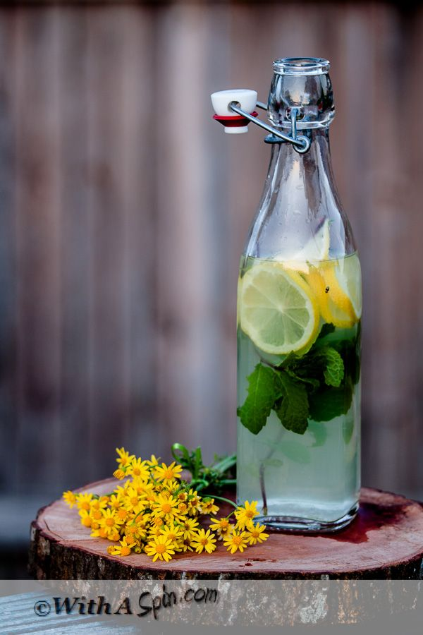 Mint Lemonade recipe. A drink inspired by our recent trip to Istanbul, Turkey. Perfect beverage for summer. #photography