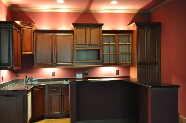 Carriage house kitchen carriage house designs for Carriage house kitchen cabinets