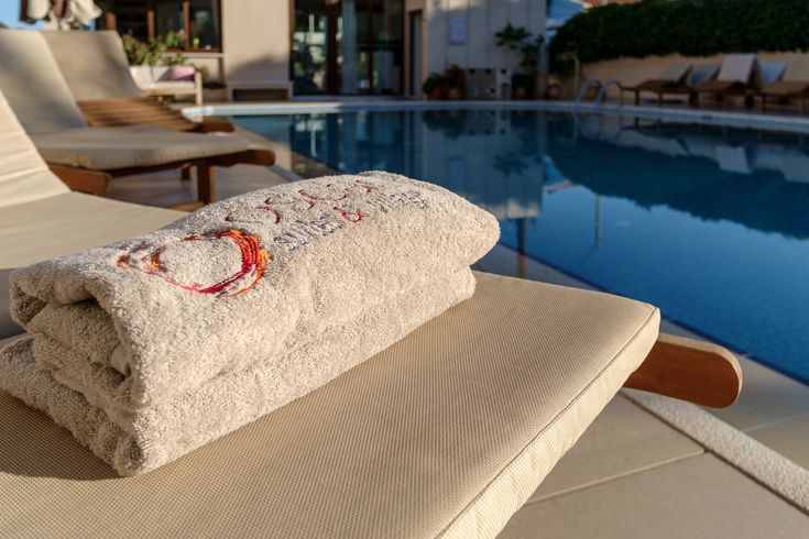 Prepare yourself for a lovely morning dip to embrace the new day refreshed and regenerated! https://www.oscarvillage.com/hotel-pools  #Oscar #OscarHotel #OscarSuites #OscarVillage #OscarSuitesVillage #HotelChania #HolidaysChania #HolidaysCrete #HolidaysAgiaMarina #HotelAgiaMarina #HotelCrete #Crete #Chania #AgiaMarina