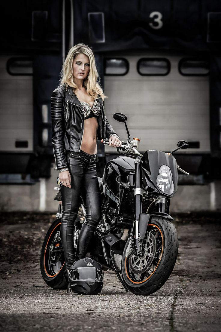 Motorcycle chicks pictures 11