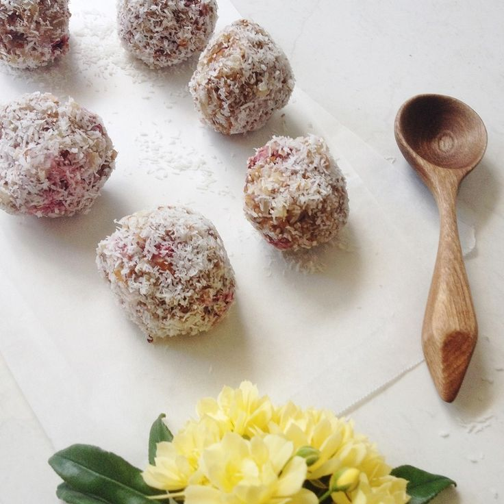 Pete Evans Strawberry Bliss Balls More