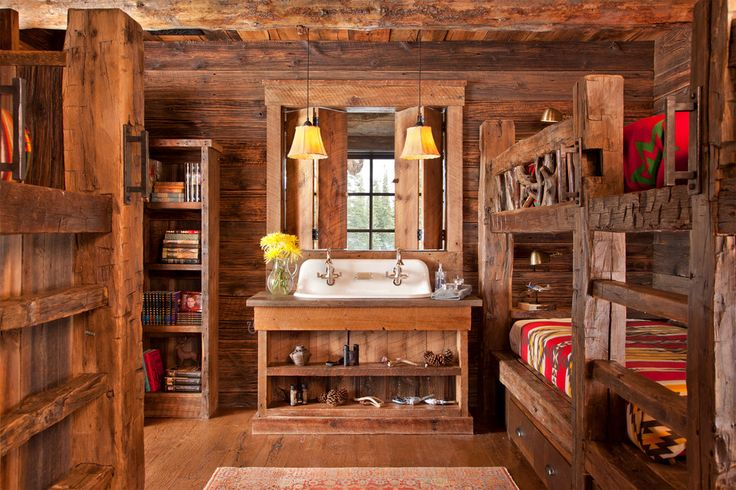 Rustic cabin bedroom = perfect for families