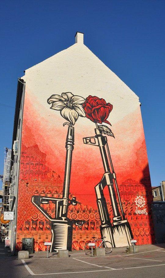 Shepard Fairey: Guns & Roses @ Copenhagen 1