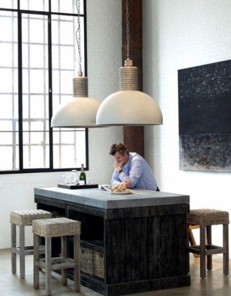 grote industriele lamp - Frezoli - geweldig voor in een hoge ruimte. #lamp #lampen