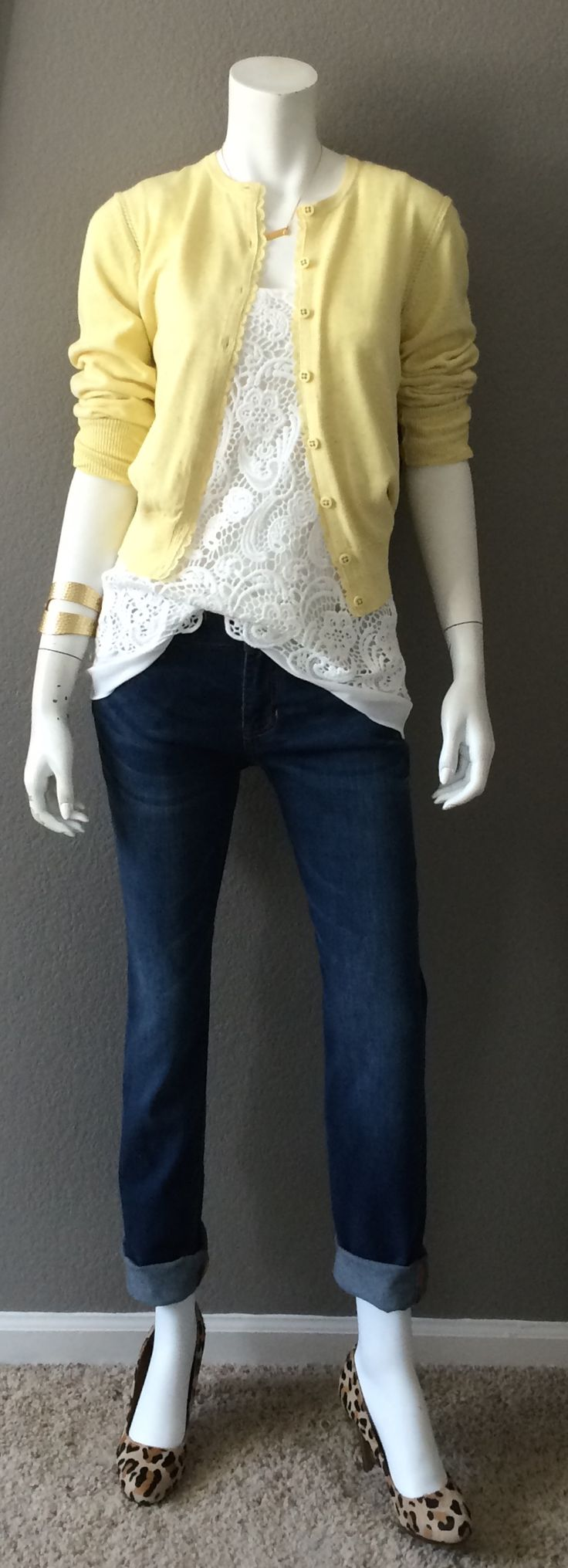 Daily Look: CAbi Spring '15 Laguna Wash Slim Boyfriend Jean, Bobbin Lace Top and Sunny Cardigan with cheetah pumps and our awesome Hammered Bangle. This outfit is the Me-ist!