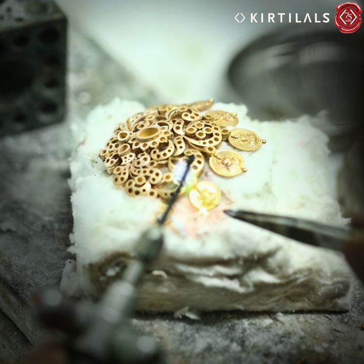 It's the little details that are vital! The Step 6 in #TheMaking of a jewellery piece is giving attention to detailing!