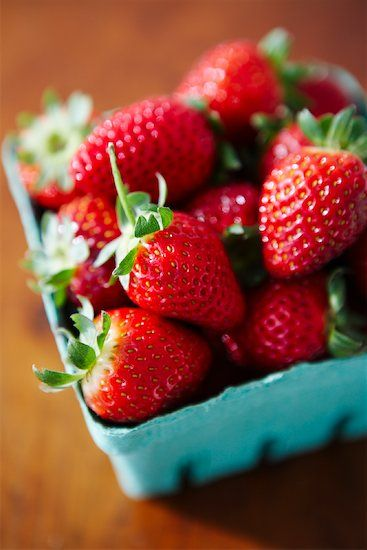 turquoisetulipsandbliss:  The Merry Month of May Brings Strawberries!