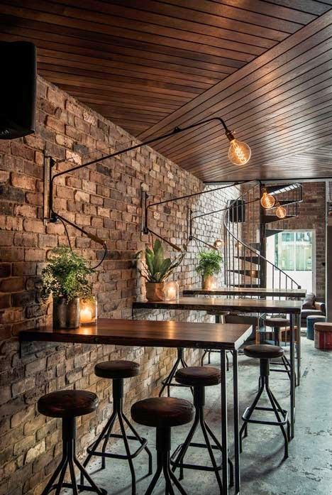// warm retail space / Sydney / Ambiance loft dans un bar