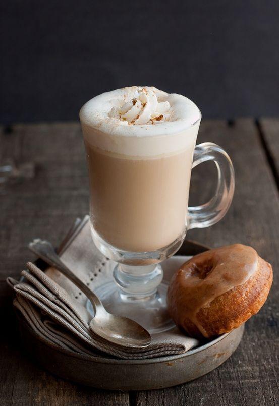 Awwww that looks good.: Homemade Pumpkin, Pumpkin Spice Latte, Coffee, Donuts, Cafe, Latte Recipes, Drinks, Almonds Milk, Pumpkin Spices Latte