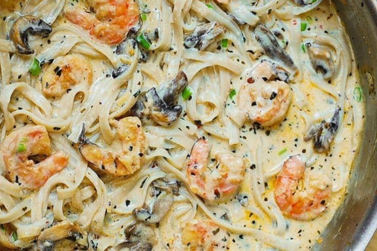 Fettucine aux champignons et aux crevettes...sauce crémeuse