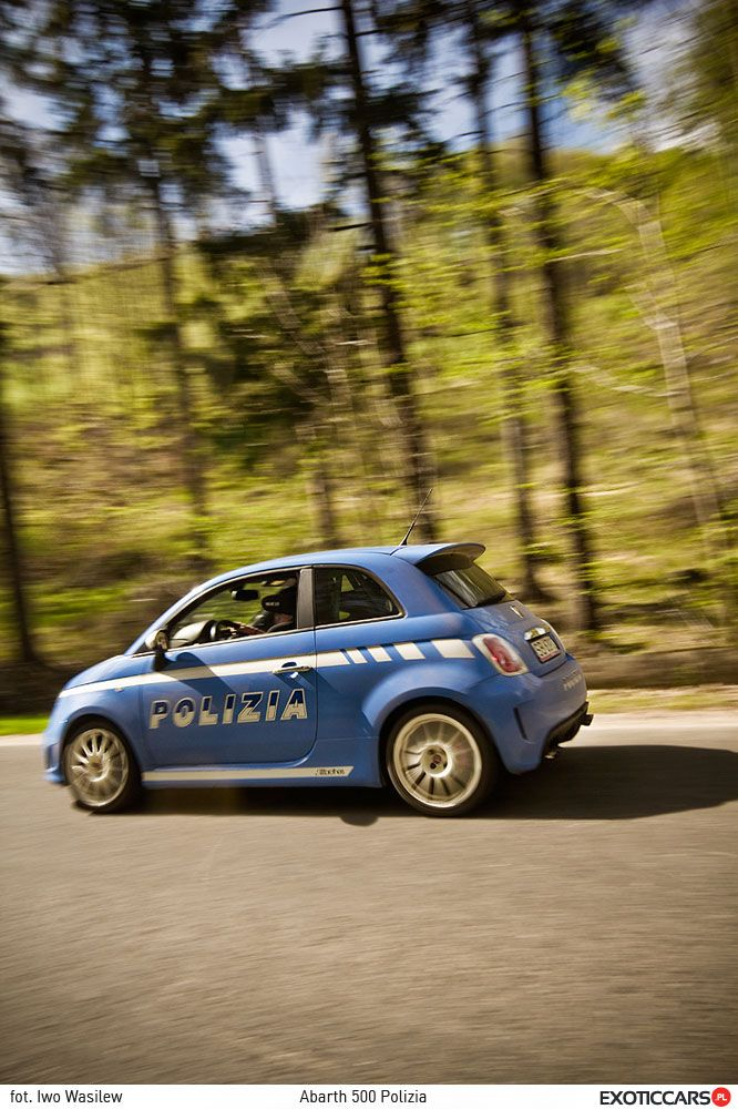 Italian police has to be stylish :) Check out our Abarth 500 Poilzia review: http://exoticcars.pl/testy/abarth-500-polizia/