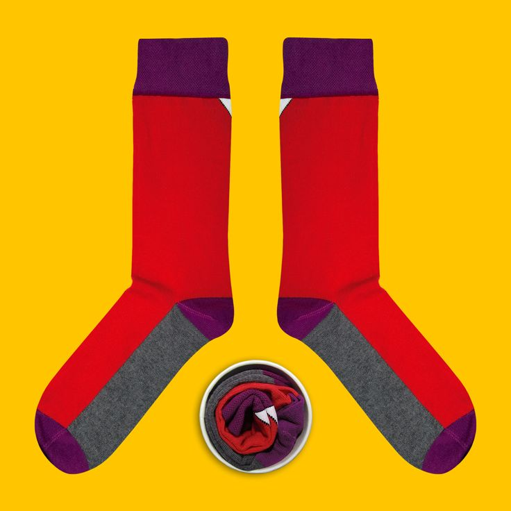 Model: Skarpetka z pewną siebie czerwienią Seria: Super special awesome [|] #skarpetki #cupofsox #skarpetka #socks #sock #womensocks #mensocks #koloroweskarpetki [|]
