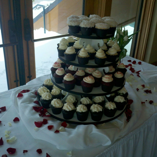 23 best cupcake magic yuba city ca images on pinterest yuba city weddings junglespirit Image collections