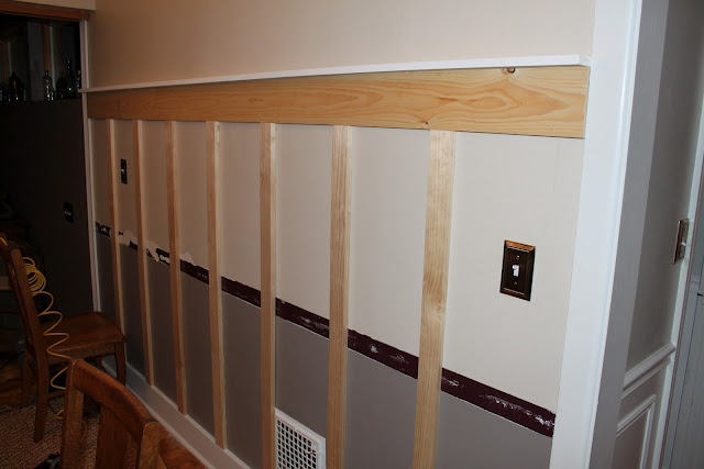 DIY wall trim without denting your wallet. I smell an exciting summer project!