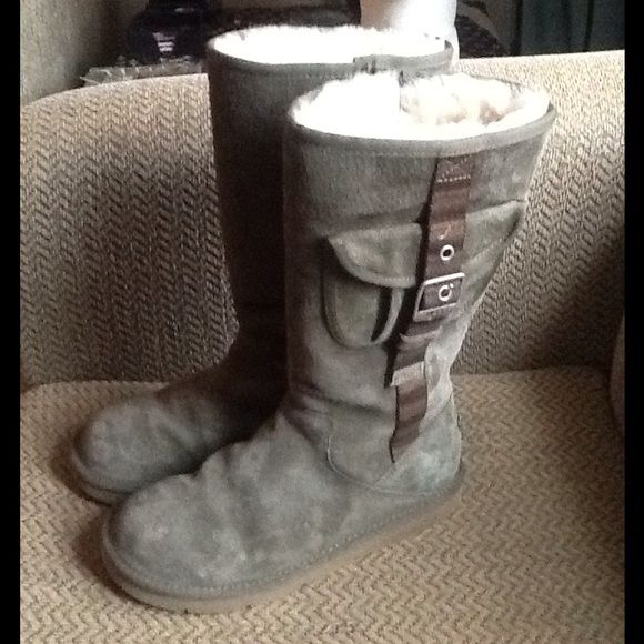 Sold! ugg ausrtralia cargo olive leather tall boot | Tall
