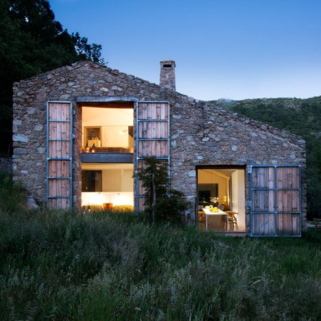 Off Grid Home in Extremadura, Spain by Ábaton - I'm pretty sure if I could describe my perfect home, this would be it.