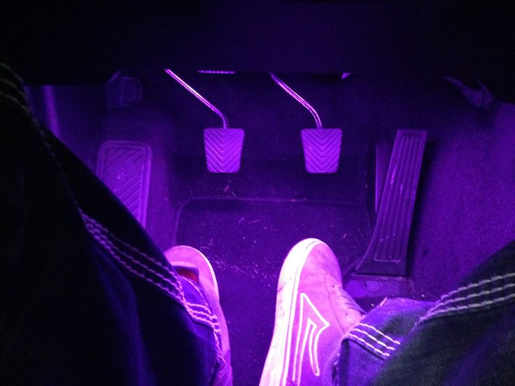 Footwell Glow Stage 1