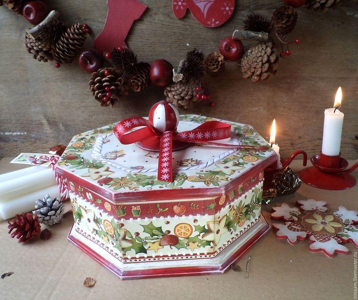 """Купить """"Имбирное печенье"""" праздничный короб-шкатулка - белый, красный, зелёный, шкатулка декупаж"""