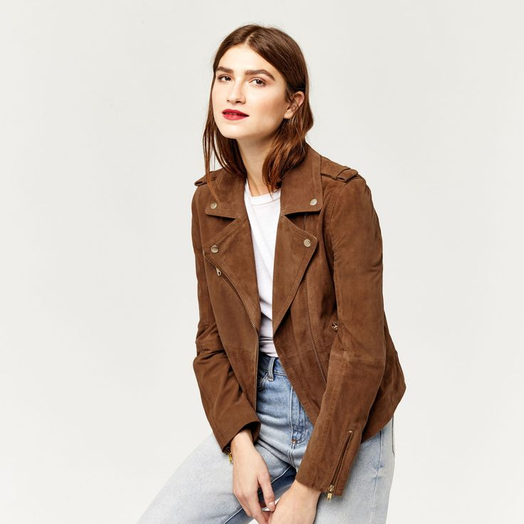 Upgrade your current biker jacket look to this softer-than-butter suede jacket from @WarehouseUK 😍