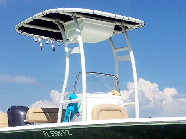 2016 Tidewater 1910 Baymax With Sg300 T Top Review In 2020 Baymax Center Console Boats Top Reviewed