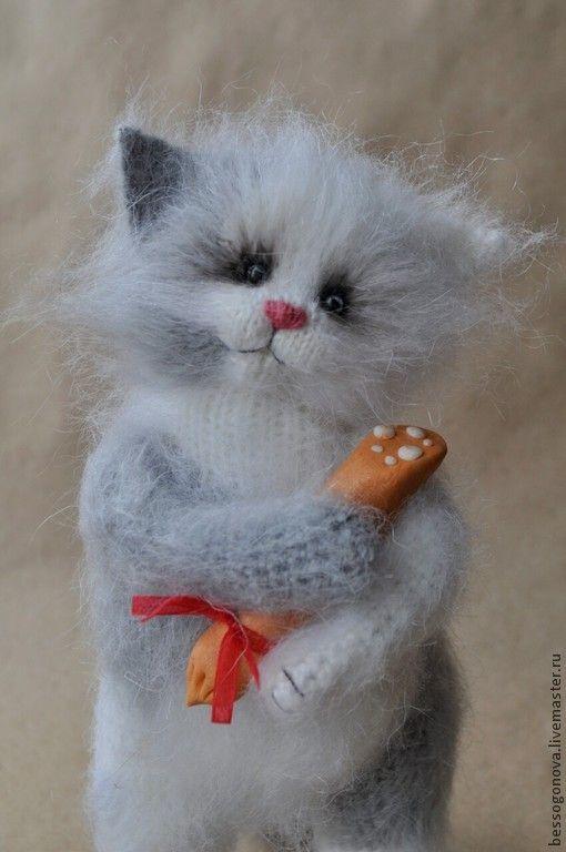 КОТ С КОЛБАСОЙ - кот,котик,игрушка кот,игрушка котенок,игрушка котик,серый кот