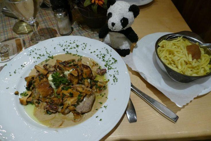 Schweinemedaillons mit Pfifferlingen und Butterspätzle, Zur Saffenburg, Gasthof Restaurant, Mayschoß im Ahrtal, Rezension