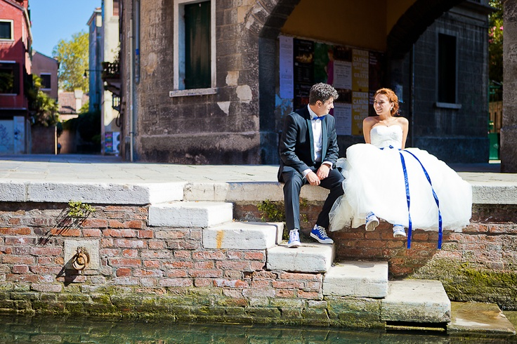 Our trash the dress photo session in Venice went great!