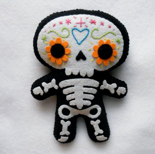 adorable Halloween cuties in felt – sugar skull is creative inspiration for us. Get more photo about home decor related with by looking at photos gallery at the bottom of this page. We are want to say thanks if you like to share this post to another people via your …