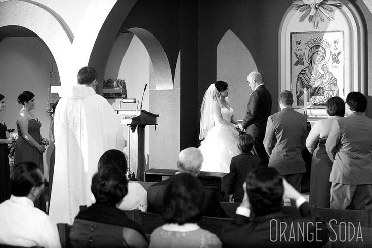 how to put veil on wedding ceremony