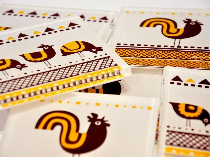Rooster & hens | Plexiglass coasters | screenprinted & lazer cutted | 10 x 10 x 0.8 cm