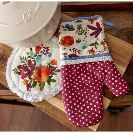Buy The Pioneer Woman, Willow 2 Pack Oven Mitt & Pot Holder set at Walmart.com