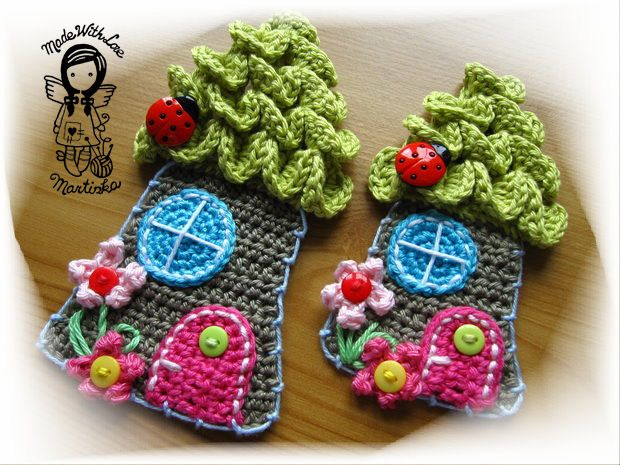 Lesní domeček - návod 007: Applique Forests, Forests Houses, Crochet Houses, Crochet Patterns, Diy Patterns, Forest House, Appliques Forests, Wall Hook, Mushrooms Houses