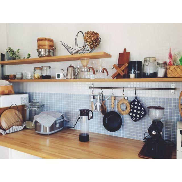 自宅のキッチンが大好きになる♡おしゃれ&時短収納術12選   RoomClip ... 見せるキッチン収納で気分もUP!