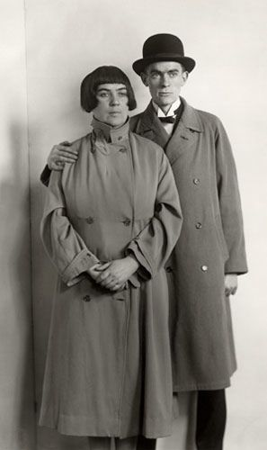 August Sander: The Painter Anton Raederscheidt and his Wife Marta Hedemann, ca. 1925