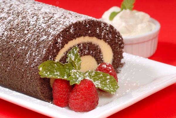 Χριστουγεννιάτικος κορμός με σοκολάτα και κάστανα