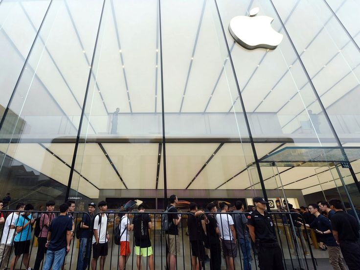 India Said to Woo Firms Like Apple to Capitalise on US-China Trade War