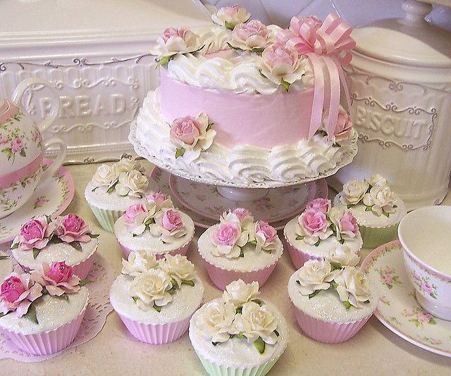 Pink Shabby Chic Cake
