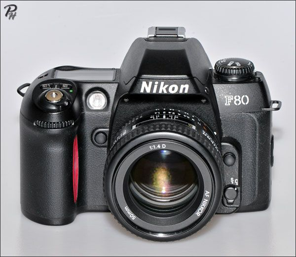 Nikon F80 camera http://www.photographic-hardware.info