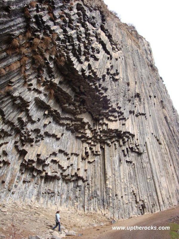 Armenia - Prowincja Kotayk - Wąwóz Garni- UNESCO - kanion rzeki Azat. Garni Gorge. Armenia www.travelbrochur...