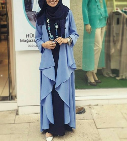 Modern Hijab Outfit in Shades of  Blue