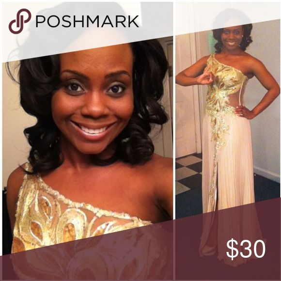 Gold Prom Dress Beautiful designer prom dress adorned with gold flowers & tulle material. Dresses Prom