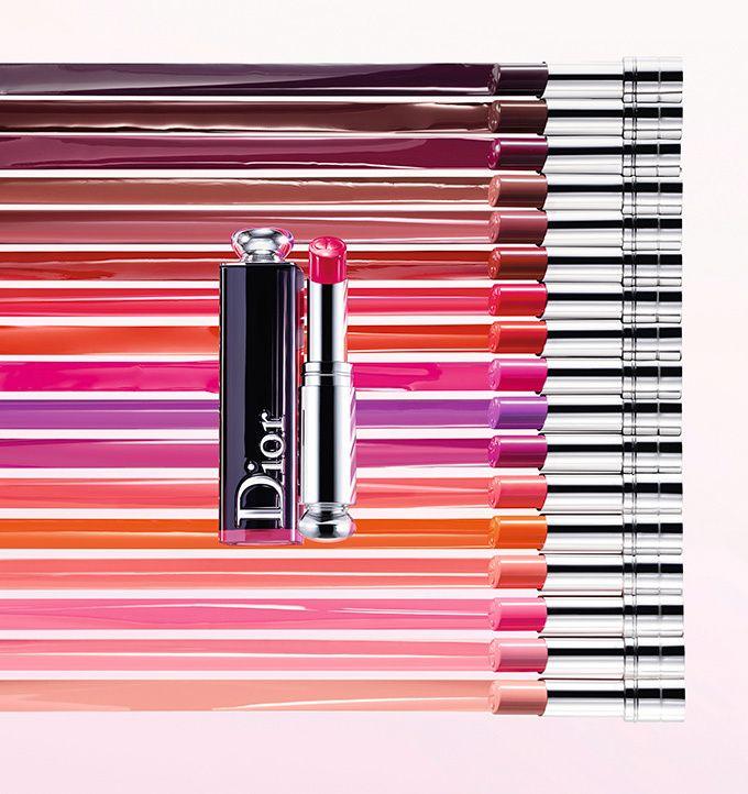 """ディオール(Dior)から""""フォンダン リップ""""と呼ばれる、新作「ディオール アディクト ラッカー スティック」が登場。人気リップシリーズ「ディオール アディクト」に加わった新作をカラーバリエーション..."""