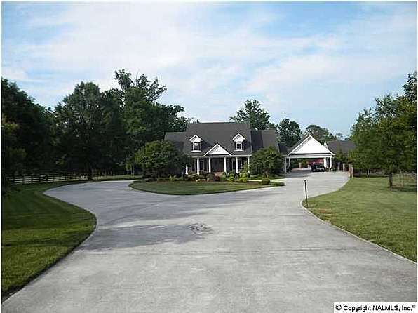 17 Best Images About Driveway Ideas On Pinterest Cars