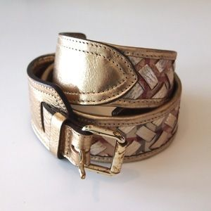 UsedNotConfused — Burberry Belt www.usednotconfused.com