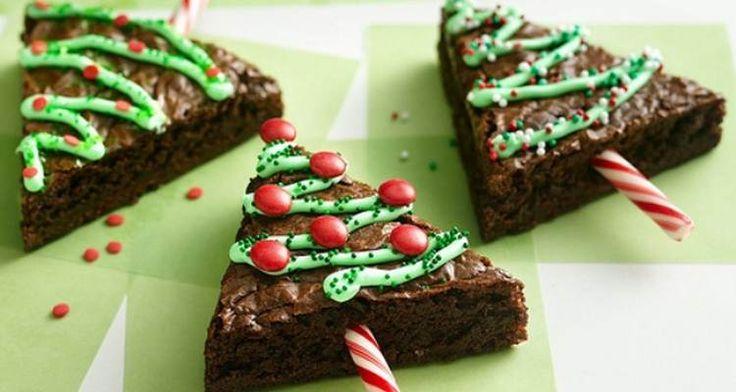 Als je een leuk nagerecht of tussendoortje wilt maken voor de #kerst, dan kun je met brownies echt hele leuke dingen maken, helemaal in de #kerstsfeer! We hebben een paar leuke ideeën verzameld op onze site