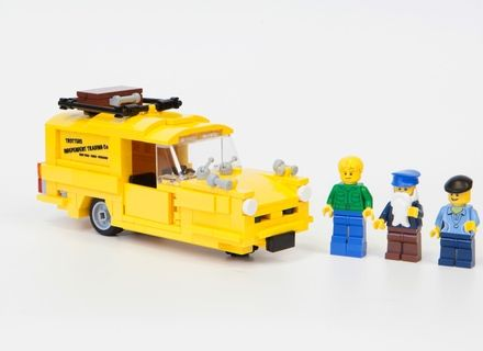 Only Fools and Horses in Lego